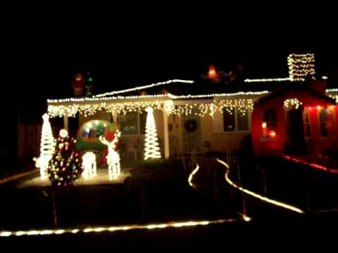 CHRISTMAS LIGHTS IN THE CITY OF ONTARIO CALIFORNIA - YouTube