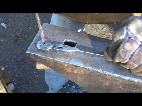 Blacksmithing   Forging A Nail Header And Making Some Nails
