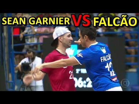 REIS DO DRIBLE   FALCÃO VS SEAN GARNIER   MELHORES MOMENTOS - YouTube 78aa3174eda53