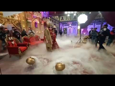 Jaimala at stage of wedding in dry ice