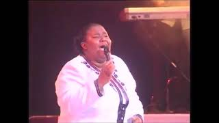 Hlengiwe Mhlaba Heavy loads live perfomane GOSPEL MUSIC or SONGS.mp3