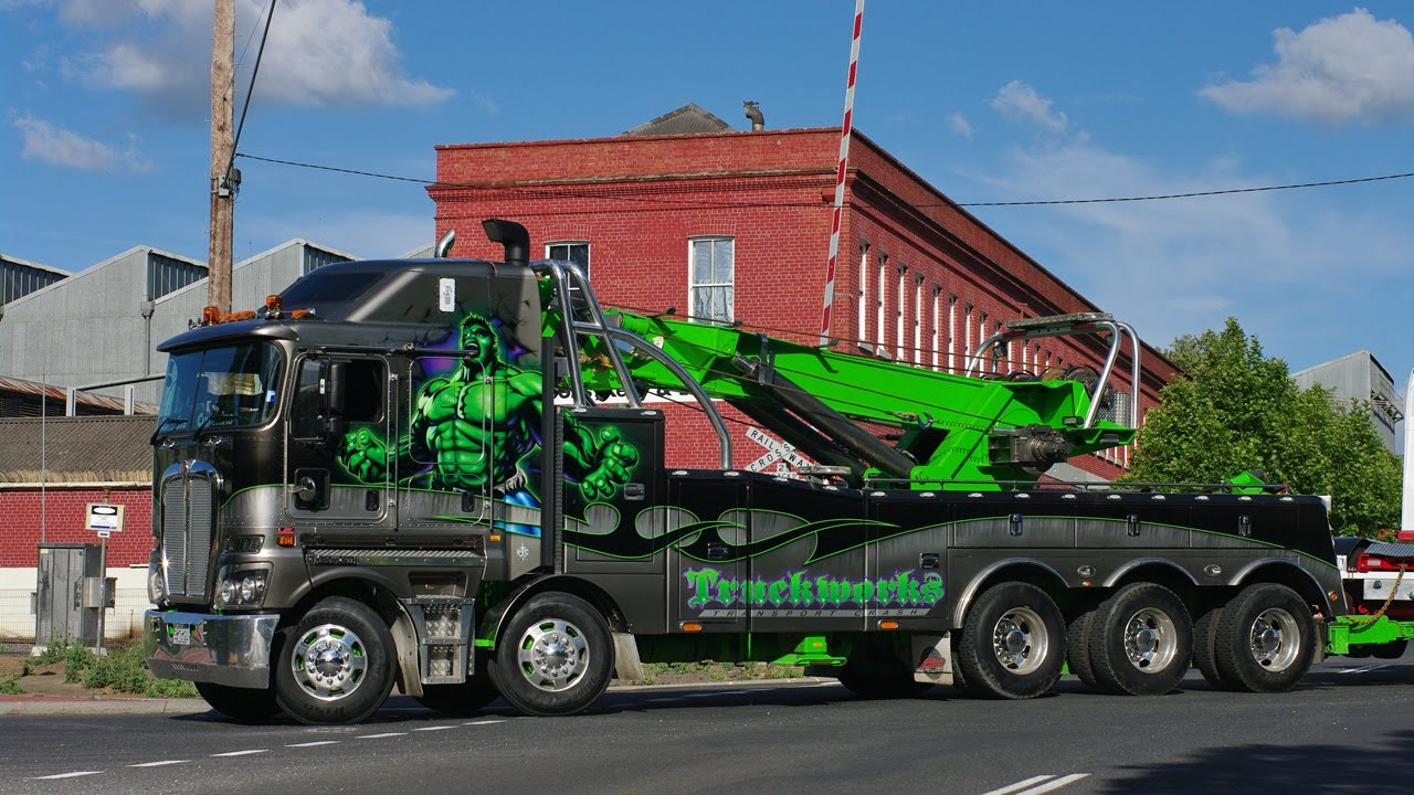 Truckworks Kenworth K200 Incredible Hulk At Castlemaine
