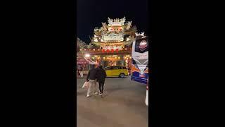 台湾旅行 夜市 学生がダンスしてた 胡椒もち美味しかった ピーナッツアイスも美味しかった 屋台がいっぱい 初めての夜市にちょうどいい広さ.