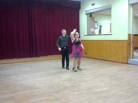 Danse de salon amateur chachacha youtube for Youtube danse de salon