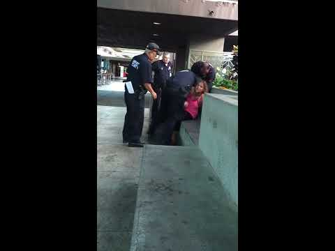 Crazy Lady Gets Tackled  by Police in Honolulu Airport