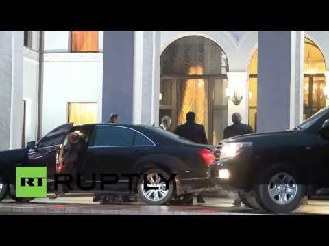 Belarus: Minsk peace talks begin