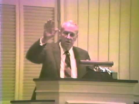 "Dr. S Lewis Johnson - Rev 2:1-7 ""The Complaint of the Risen Christ"""