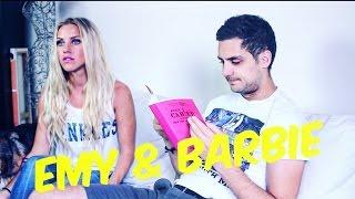 Emy et Barbie - Poupée cassée