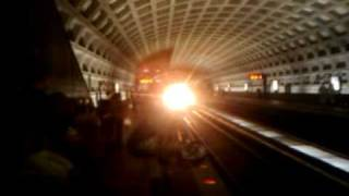 Train coming into farragut west station