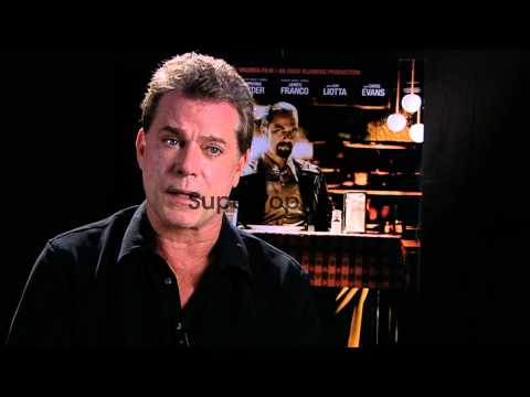 INTERVIEW: Ray Liotta on Roy Demeo at The Iceman Intervie...