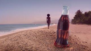 Coca-Cola presenta #CocaColaAlDesnudo