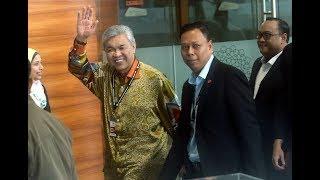 [LIVE] Presiden UMNO, Datuk Seri Dr Ahmad Zahid Hamidi dipanggil SPRM Putrajaya