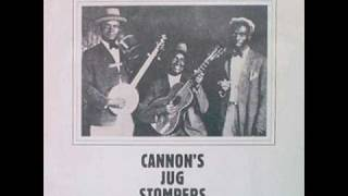 Watch Gus Cannon Last Chance Blues video