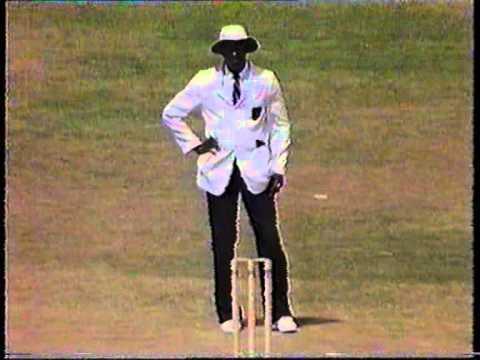 Download Cricket : West Indies v England 1989-90 - 1st Test Day-1 highlights
