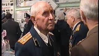 Ветераны Новомосковска в музее военкомата (2006)