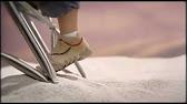Обувь является важным предметом детской одежды. На babyshop вы легко сможете купить модную и качественную детскую обувь лучших брендов для улицы, дома на любую пору. Зимой очень пригодятся теплые сапоги или кожаные ботики. В них должно быть комфортно даже в самый трескучий мороз.