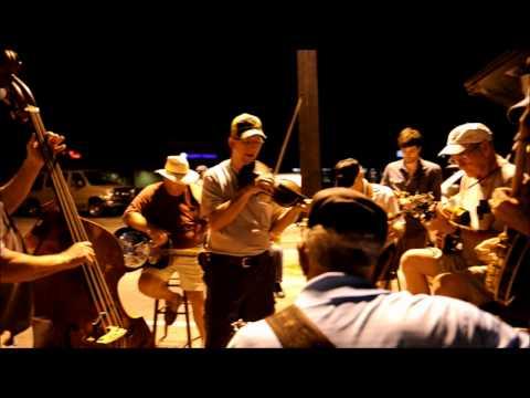 Bluegrass Heatwave: THE OCOEE PARKING LOT BLUEGRASS JAM (6-29-2012)