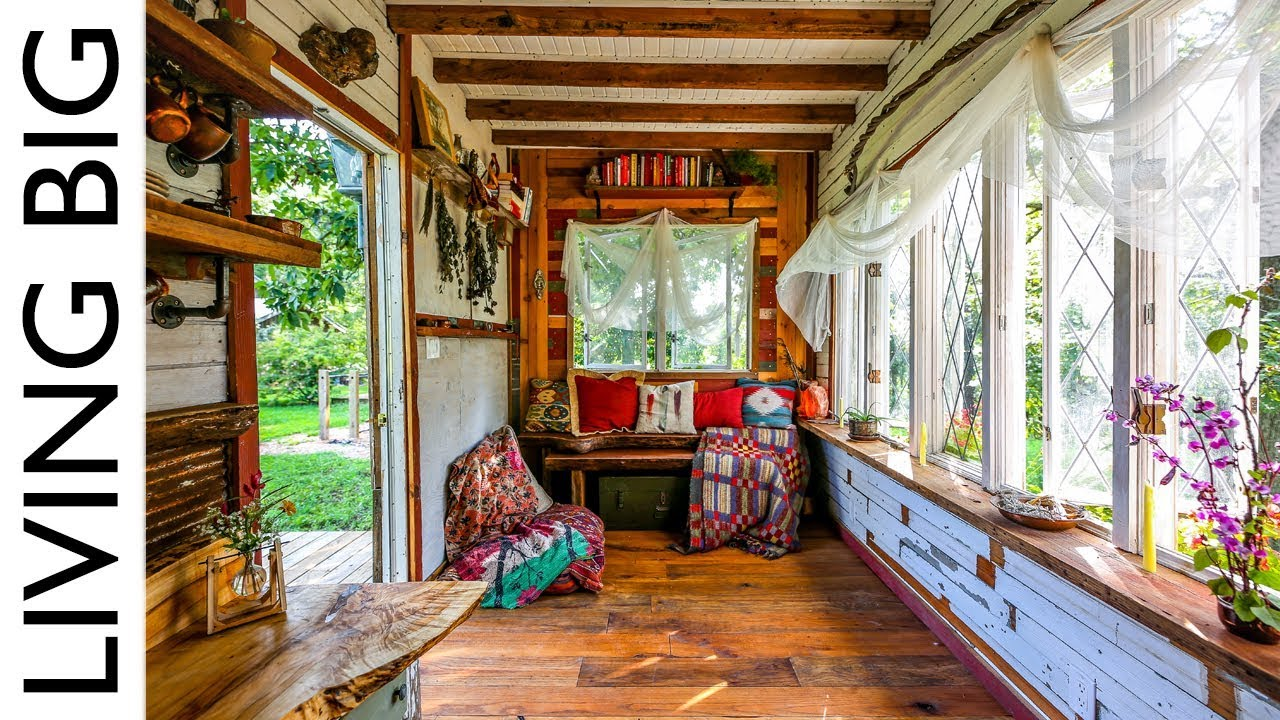 Yoga Teacher S Amazing Furniture Free Tiny House Designed For Body
