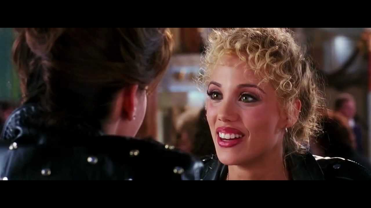Elizabeth berkley gina gershon showgirls scandalplanetcom - 1 part 7