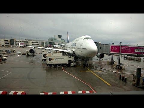 Frankfurter Flughafen Terminal 1 und abflug Richtung Graz 720p aufgenommen mit einem Lumia 920