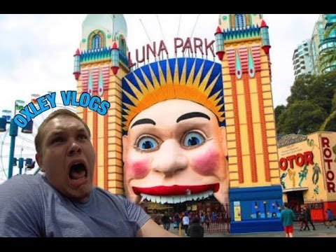 Exploring Sydney's Luna Park! - HAUNTED HOUSE / WILD-MOUSE / GIANT DROP! | OXLEY VLOGS