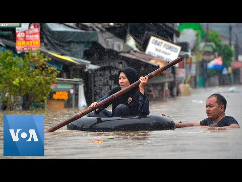 At Least 9 Dead, Thousands Caught in Flooding in Indonesia's Jakarta