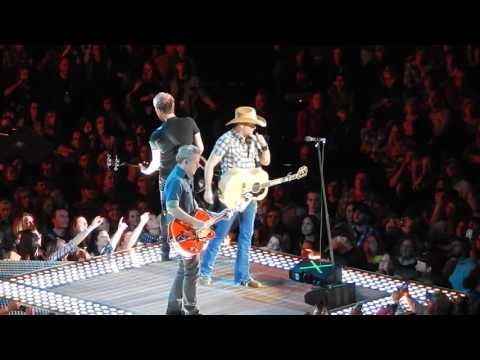 Jason Aldean - Live Medley - Asphalt Cowboy - Why - The Truth