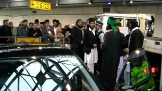 Hazarat Pir Muhammed Naqeeb-Ur-Rehman Sahib Eidgah Sharif  Arrial @ Heathrow London 23/02/11