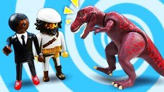 Игрушки для детей Супер 4 в средневековье! Сбежит ли от них Пират Акулья Борода?
