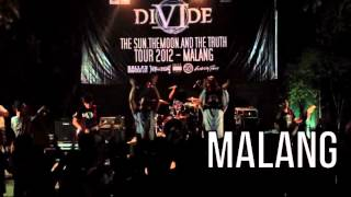 Gambar cover DIVIDE   THE SUN THE MOON AND THE TRUTH TOUR 2012