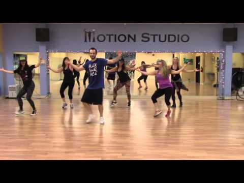Soy Yo - Bomba Estereo ZUMBA choreography ft: Dillon Reuben