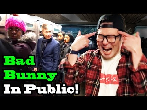 BAD BUNNY - Dime Si Te Acuerdas - SINGING IN PUBLIC!!