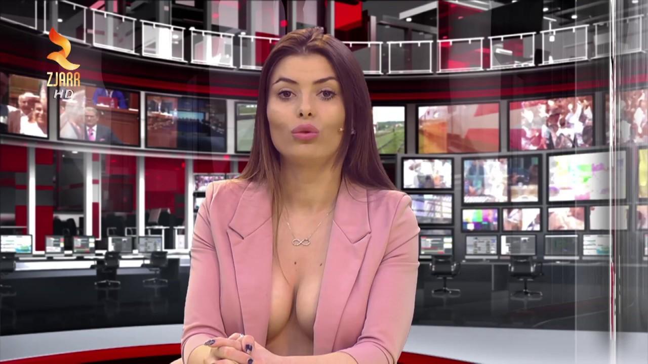 Видео с телеведущими, телка нагибается сзади фото