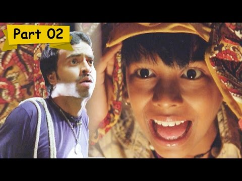 Kalam plays ghost prank on Pitobash Tripathy - I Am Kalam, Comedy Scene 2/16