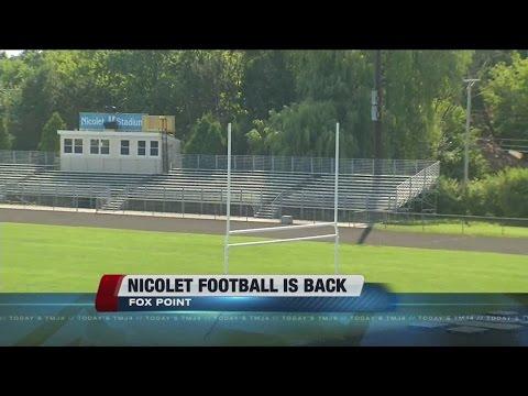 Varsity football returns to Nicolet High School