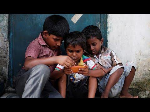 منظمة الصحة العالمية تنصح الأباء بكمية الوقت الذي يفترض أن يقضيه الأطفال أمام الشاشات…  - نشر قبل 18 ساعة