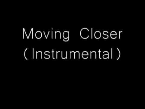 Moving closer - Acoustic Instrumental
