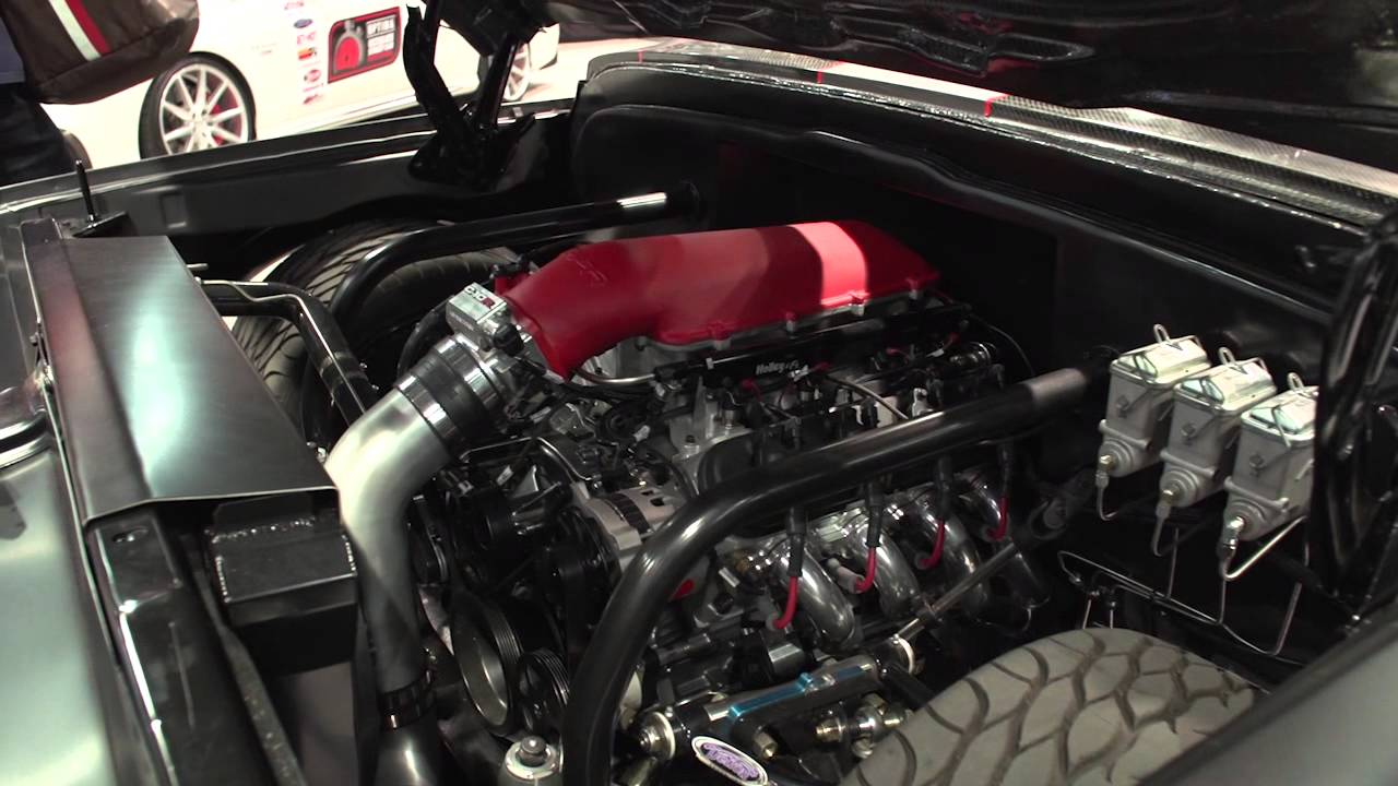 Eddie Motorsports and the PCH Rods C10R Chevy Truck - YouTube