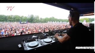 Fra 909 / Sam Paganini at Awakenings 2015 playing Pepe Arcade - 39.2 (Serial Number 849 Records)