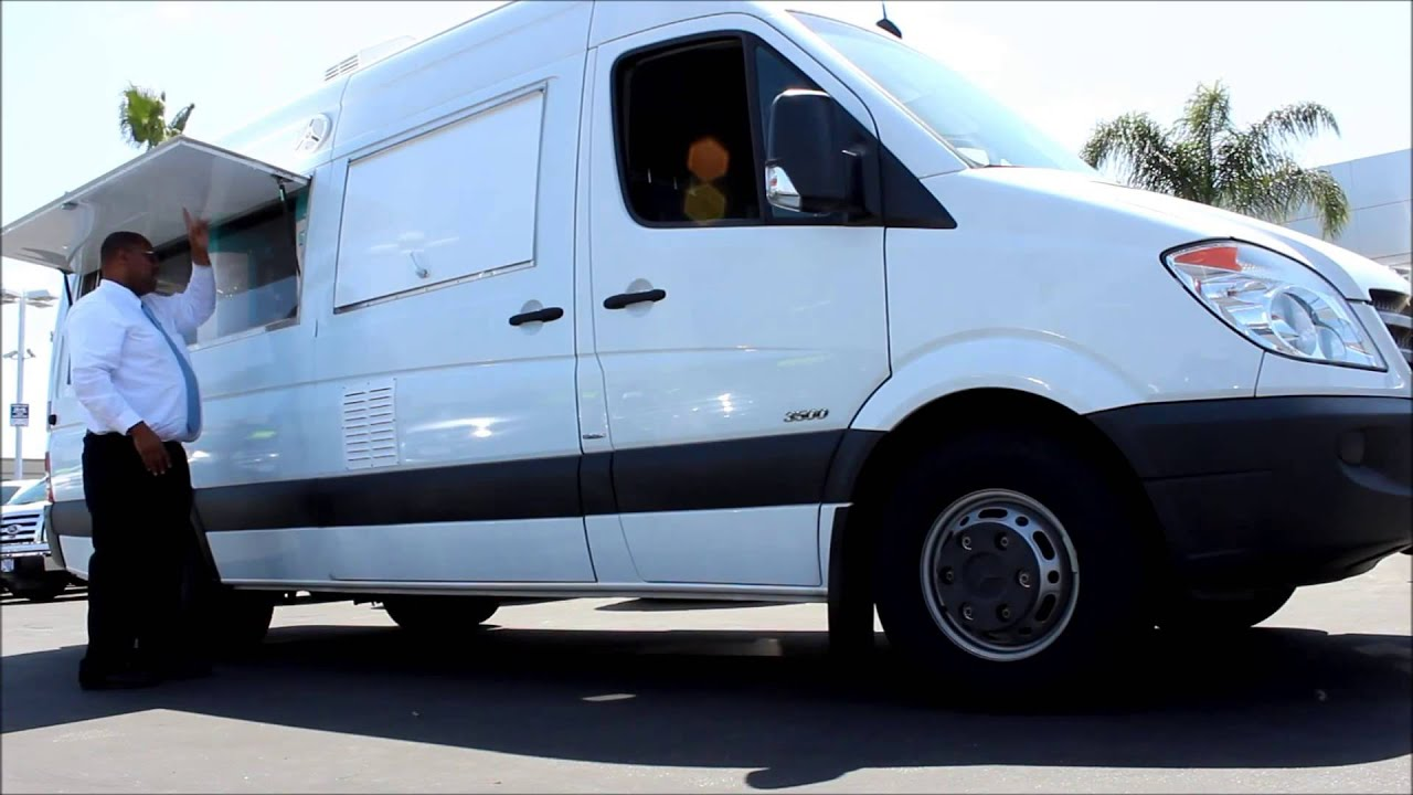 2010 mercedes sprinter 3500 features youtube. Black Bedroom Furniture Sets. Home Design Ideas
