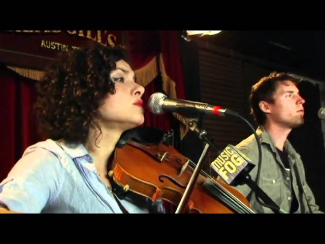 "Carrie Rodriguez ""Absence"""