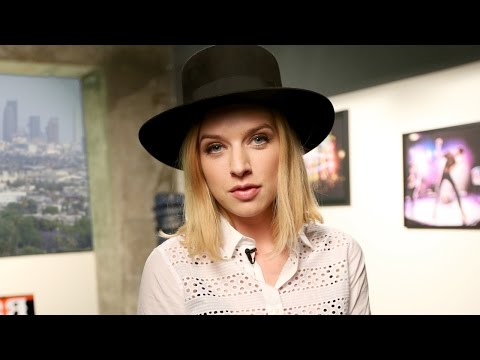 ZZ Ward Interview: Rock Revival Showroom Sessions