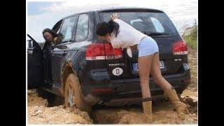 Женщина за рулем! Супер подборка! Авто приколы! Баба за рулем!