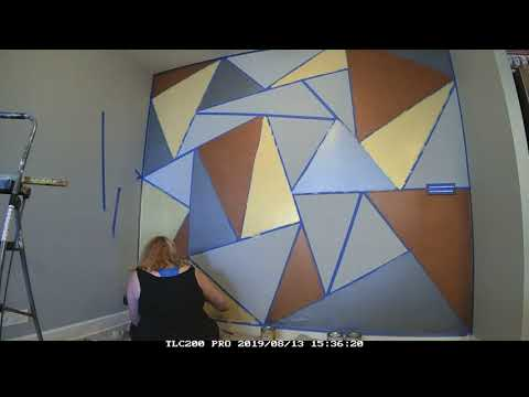 Metallic Paint - Triangle Pattern - Easy Feature Wall