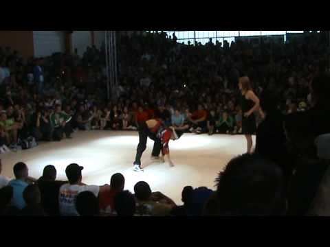 Lil Amok  VS Lil Kev  @ Trickonometry World / Le Mans World Battle II (May-30-2009)