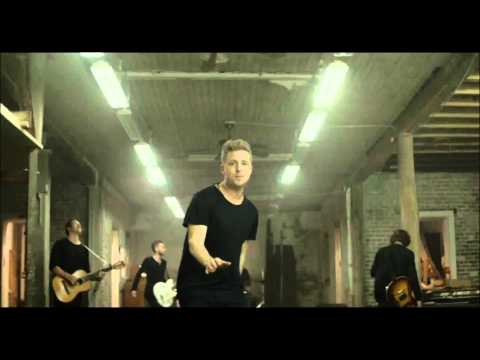 One Republic - Counting stars (Official Music Video)
