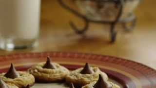 How To Make Peanut Butter Kiss Cookies