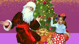 Волшебство под Новый год или история о том как Алиса учится рисовать Елочку.