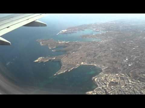 Ryanair 737 Landing Malta
