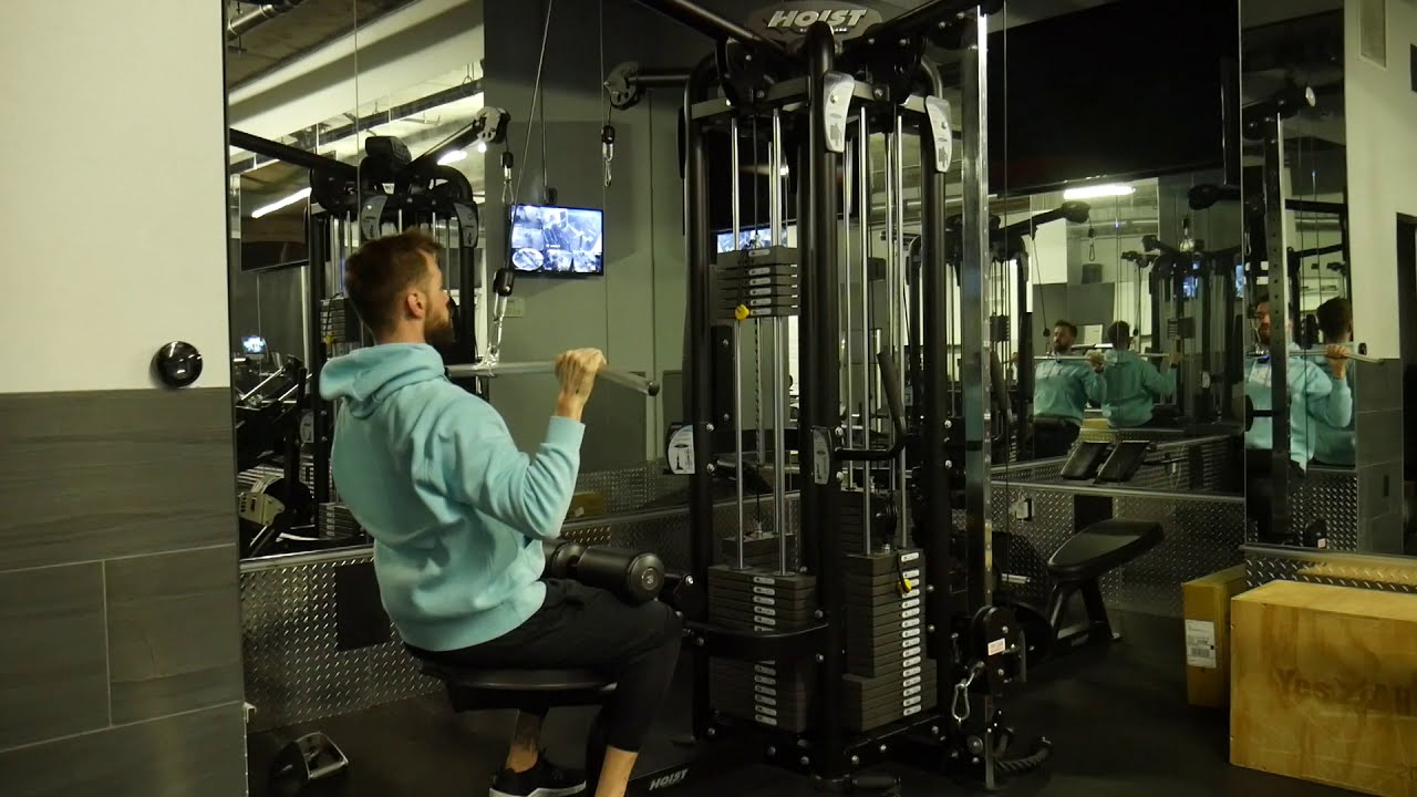 How to perform: Lat pulldown - Overhand